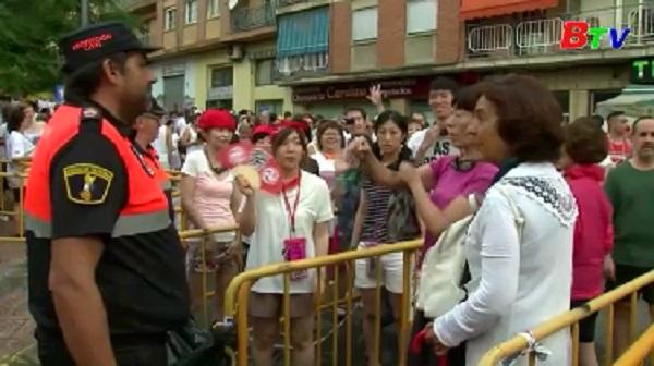 Tây Ban Nha tăng cường an ninh cho lễ hội ném cà chua