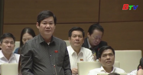 Quốc hội tiếp tục thảo luận về kết quả thực hiện kế hoạch phát triển kinh tế xã hội và ngân sách nhà nước năm 2017