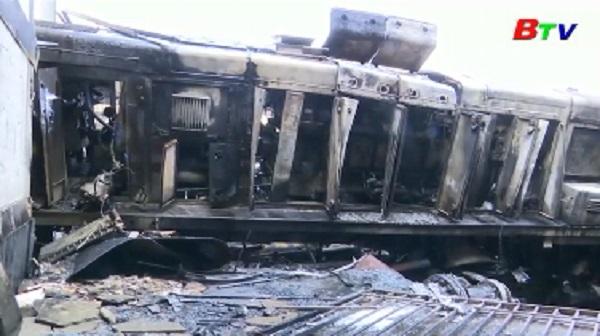 Bộ trưởng Bộ GTVT Ai Cập từ chức sau vụ cháy ga xe lửa làm 25 người chết