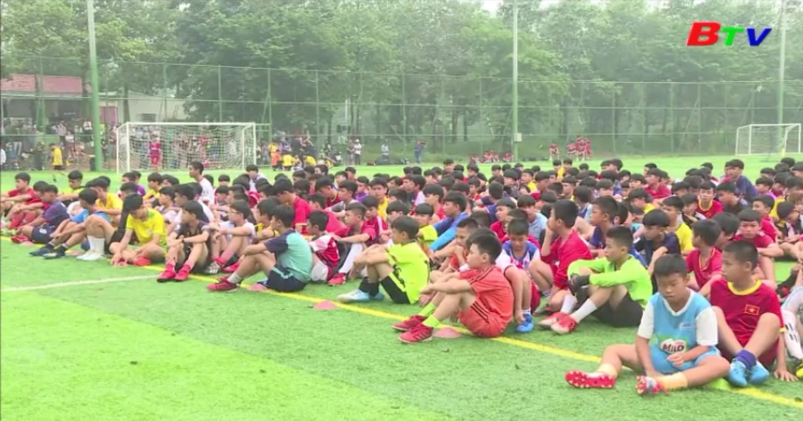 Tuyển sinh tài năng bóng đá trẻ CLB Becamex Bình Dương