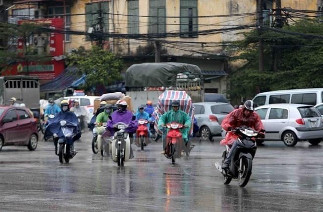 Vùng núi và trung du Bắc Bộ mưa vừa, mưa to, Trung Bộ có nắng nóng