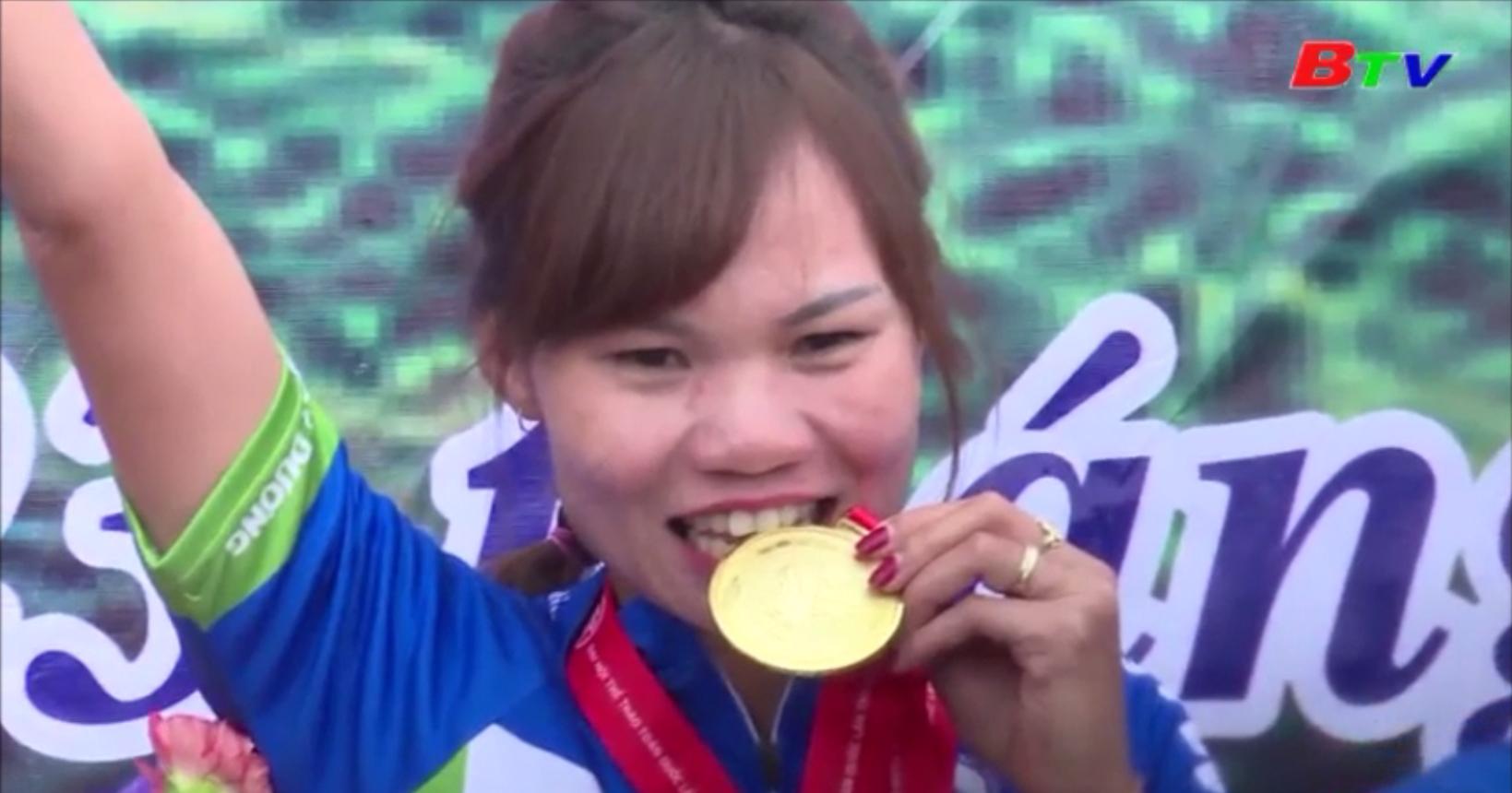 Đinh Thị Như Quỳnh và chiếc Huy chương vàng SEA Games 30