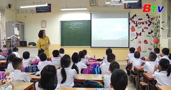 Tổ chức 3 đợt góp ý sách giáo khoa lớp 2 và lớp 6 trước khi phát hành