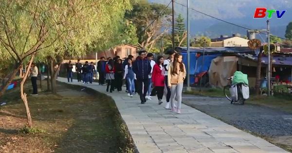 Nepal: Đón năm 2018 với lễ hội đường phố Pokhara