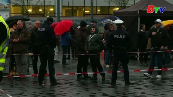 Tài xế Đức lao xe vào đám đông, 4 người bị thương