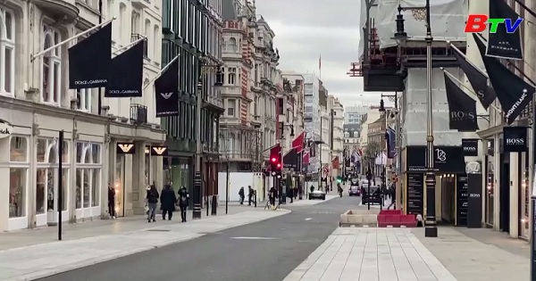 Số người Anh đăng ký trợ cập xã hội tăng đột biến