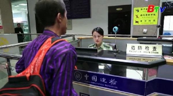 Người lao động Triều Tiên tại Trung Quốc về nước