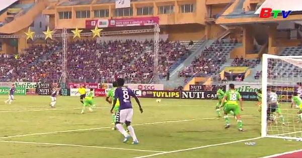 Vòng 25 V.League 2018: CLB Hà Nội FC nâng cao Cúp vô địch