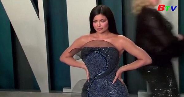 Tạp chí Forbes-Kylie Jenner không phải là tỉ phú