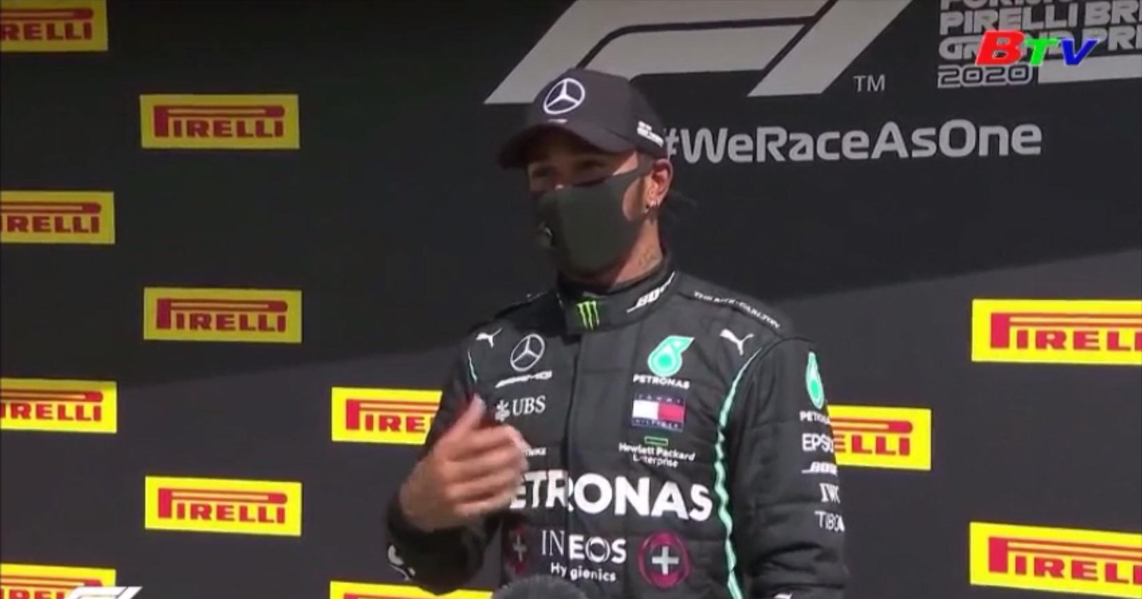 Lewis Hamilton lập kỷ lục tại Silverstone