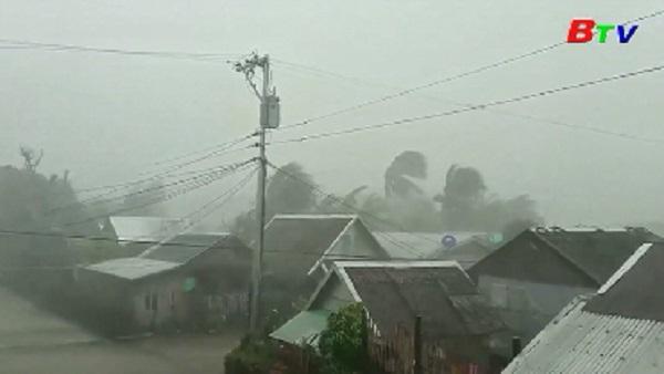 Philippines sơ tán hàng nghìn người trước bão