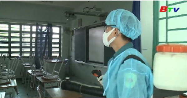 Bình Dương triển khai đồng bộ việc phun xịt hóa chất phòng chống Virus Corona