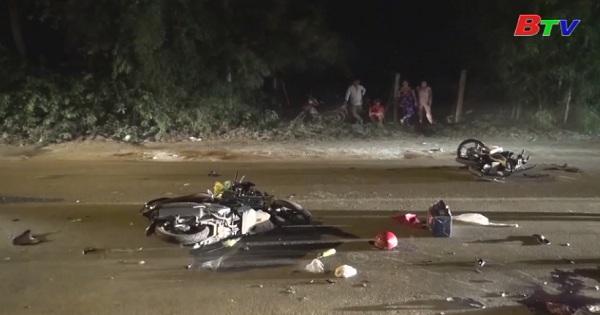Va chạm xe mô tô làm 2 người thương vong