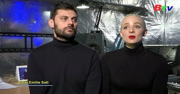 Đứa bé chào đời trên con tàu di cư trở thành chủ đề cho ca khúc của thí sinh Pháp trong cuộc thi  EUROVISION