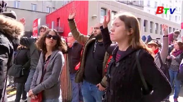Công nhân đường sắt Pháp tiếp tục đình công