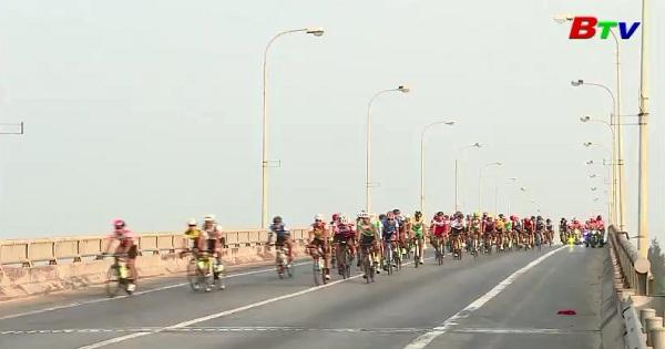 Xuất phát chặng 8 cuộc đua xe đạp toàn quốc tranh cúp truyền hình Tp.HCM lần thứ 30 năm 2018