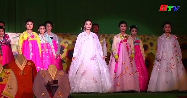 Ấn tượng với sự kiện thời trang diễn ra ở Bình Nhưỡng, CHDCND Triều Tiên