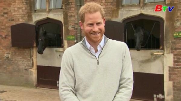 Hoàng gia Anh chào đón thành viên mới