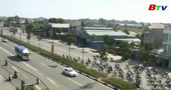 Khai mạc giải xe đạp nữ quốc tế Bình Dương mở rộng tranh Cúp Biwase lần thứ VII năm 2017