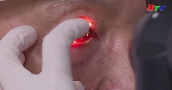 Cảnh báo đau mắt đỏ do dị ứng mùa xuân
