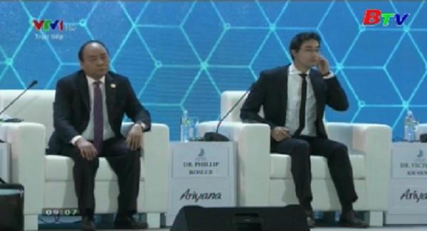 Thủ tướng Nguyễn Xuân Phúc phát biểu khai mạc  Hội nghị Thượng đỉnh Kinh doanh
