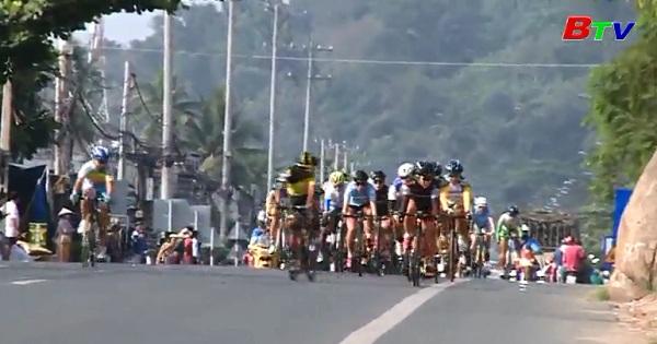 Chặng 2 Giải xe đạp nữ quốc tế Bình Dương mở rộng tranh Cúp Biwase  lần thứ 7 năm 2017