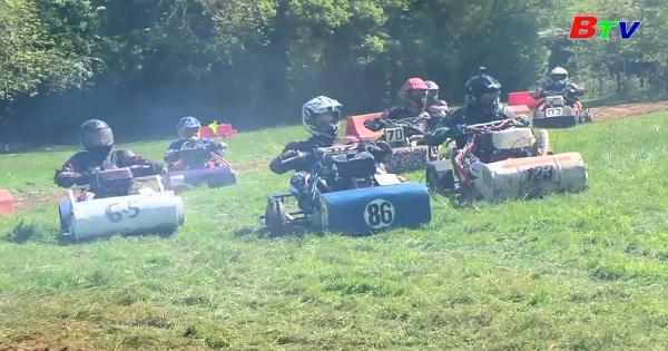 Khởi động mùa đua xe cắt cỏ
