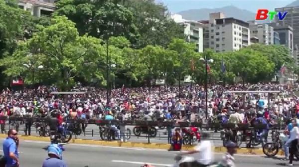 Nga kêu gọi các nước không can thiệp vào tình hình Venezuela