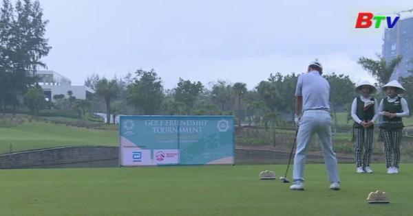 Giải Golf APEC CEO Submit 2017