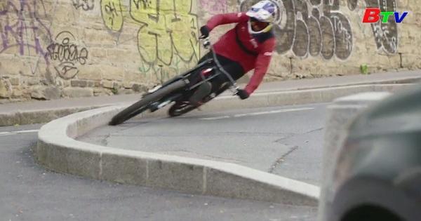 Tham quan Paris bằng xe đạp leo núi