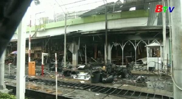 Nổ bom kép ở siêu thị miền Nam Thái Lan