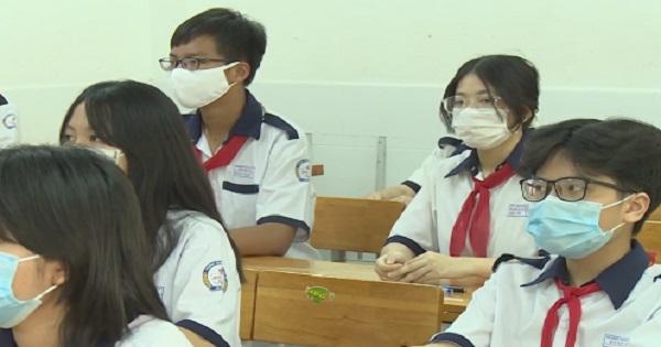 Trường học TP.Hồ Chí Minh gấp rút thi học kỳ 2