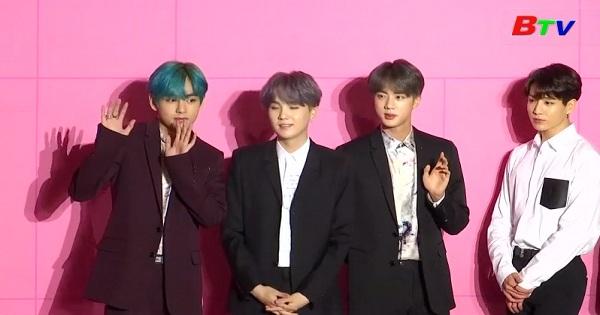 BTS được mời chấm giải Grammy danh giá