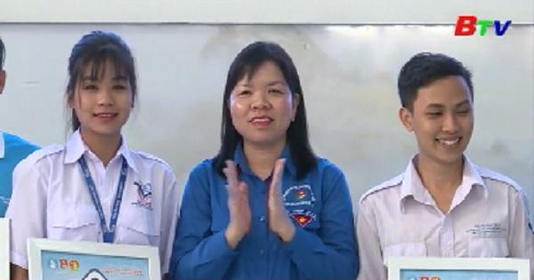 Khai mạc Hội thi tin học trẻ Bình Dương lần thứ XIII