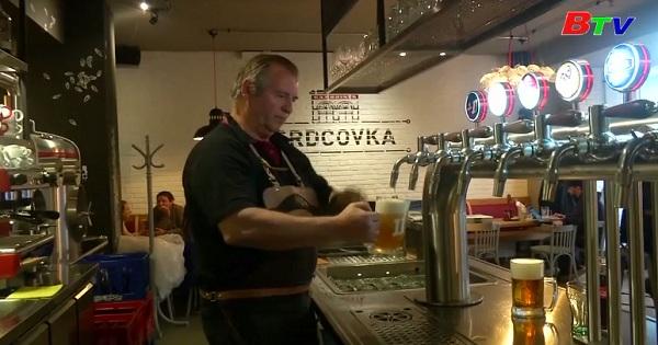 Người Séc thay đổi văn hóa uống bia