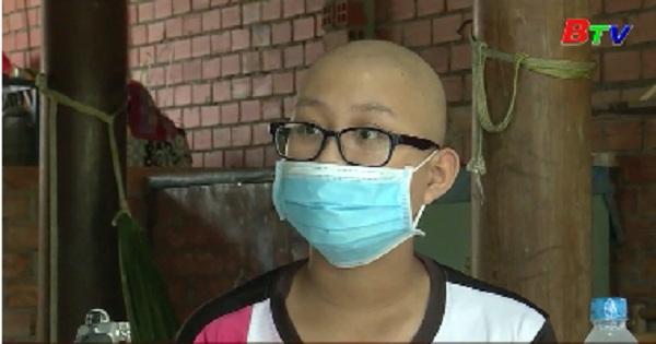 Hỗ trợ trẻ em bị ung thư màng phổi