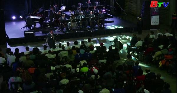 Truyền cảm hứng âm nhạc cho giới trẻ Nam Phi