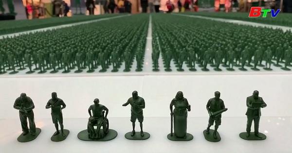 Ra mắt bộ sưu tập 40.000 binh sĩ Anh