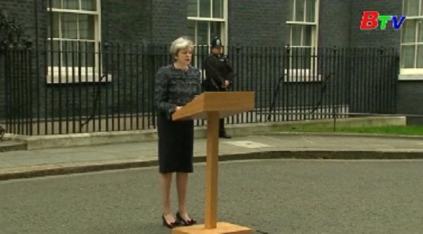 Thủ tướng Anh tiếp Tổng thư ký NATO