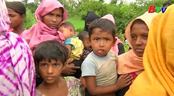 Người lánh nạn Myanmar sang Bangladesh tặng mạnh