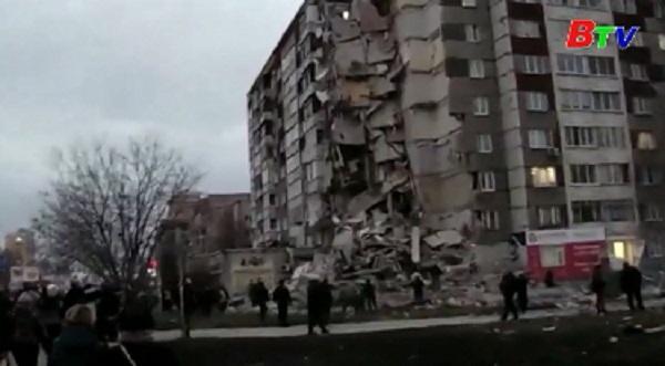 Công tác cứu hộ trong vụ sập nhà chung cư tại Nga