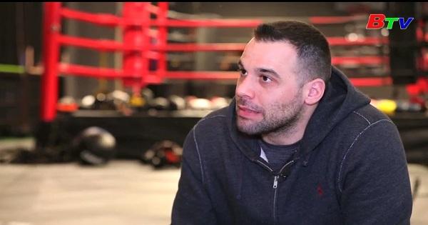 Ngôi sao Boxing người Croatia quyên góp tiền ủng hộ trẻ em khó khăn Trung Quốc