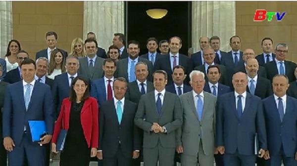 Tân Thủ tướng Hy Lạp cam kết cắt giảm thuế