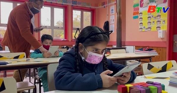 Chile – Trường John F Kennedy ở Làng Sotomo đón Starlink