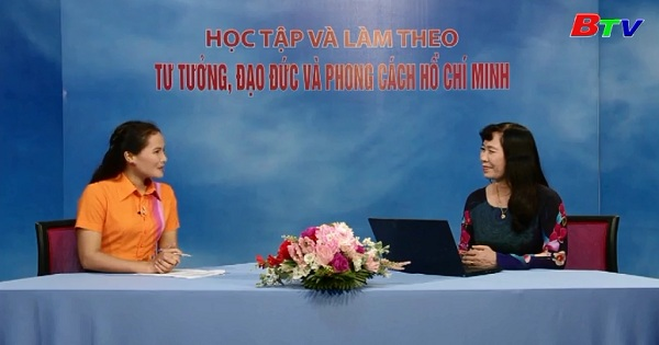 Tấm gương người cao tuổi Hồ Chí Minh
