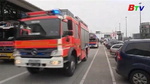 Đức đóng cửa sân bay khẩn cấp vì độc tố