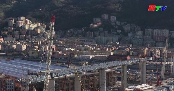 Công trình cầu cạn Polcevera mới ở Italia