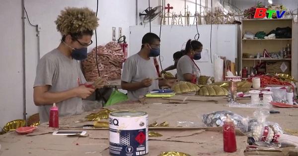 Công tác đã chuẩn bị sẵn sàng  cho bữa tiệc Carnival lớn nhất thế giới
