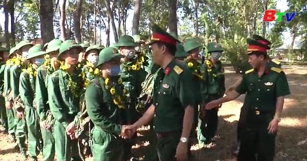 Quân đoàn 4 tiếp nhận chiến sĩ mới năm 2020 bảo đảm chỉ tiêu, chất lượng