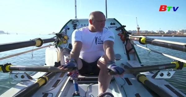 Một người tàn tật lập kỷ lục mới về chèo thuyền vượt Đại Tây Dương
